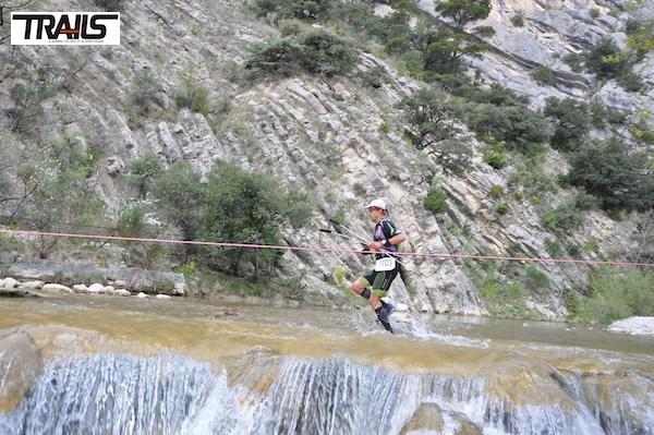 Trail Drôme 2014 - passage de la rivière