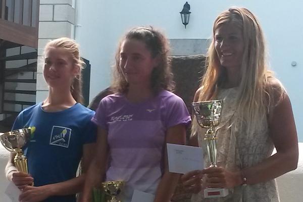 Podium femmes -course de la Rhune 2014