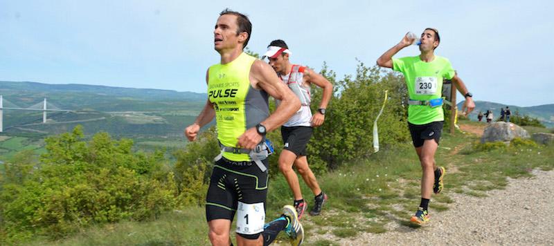 42 km Verticausse - Patrick Bringer Julien Navarro Lambert Santelli - photo Akunamatata