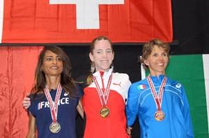 Podium dames des Championnats du Monde de course en montagne longue distance 2015.jpg