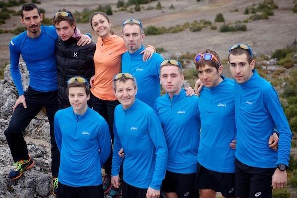 24h au coeur d'un Team Trail, l'équipe ASICS