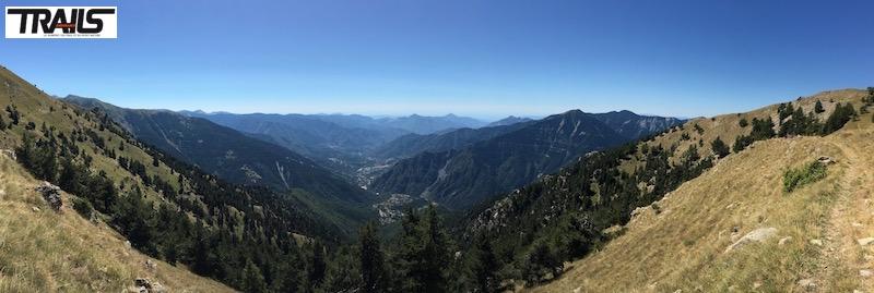 Championnats de Francede Trail 2016 - vue sur les montagnes et la mer