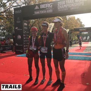 Championnats du Monde de Trail 2016 - podium femmes.jpg