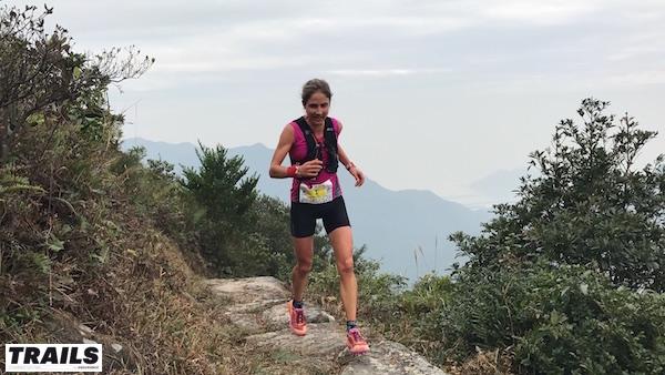 Hong Kong Lantau 50K - Caroline Chaverot en course