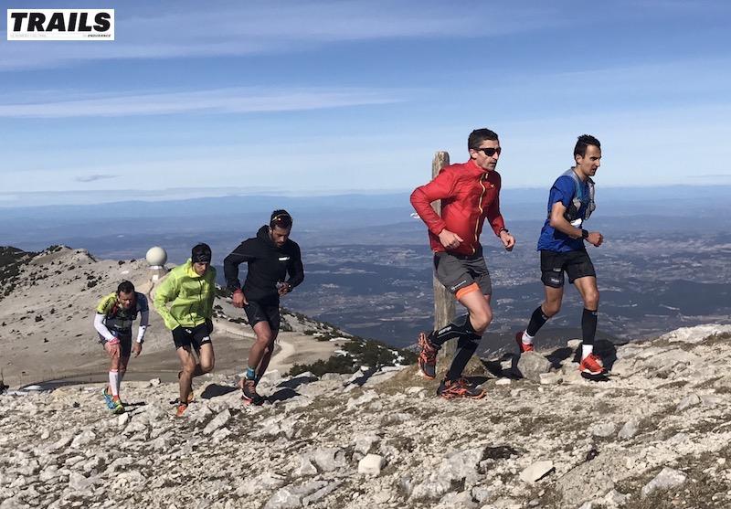 Photos Trail du Ventoux 2017- Fred Bousseau - le groupe de poursuivants au sommet