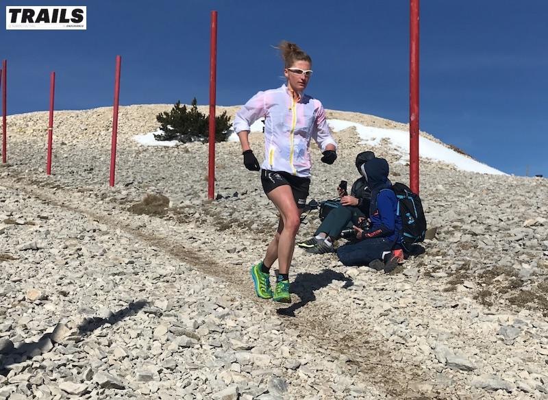 Photos Trail du Ventoux 2017- Fred Bousseau - Lucie Jamsin après le sommet